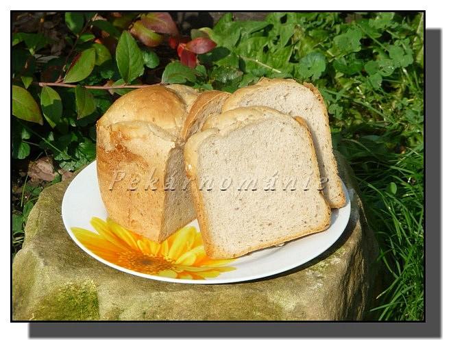 Podzimní jogurtový chleba recept