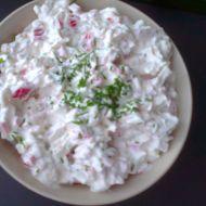 Krabí salát s pažitkou recept