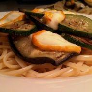 Linguine s restovanou zeleninou a zrajícím sýrem recept
