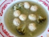 Brokolicová polévka se sýrovými knedlíčky recept