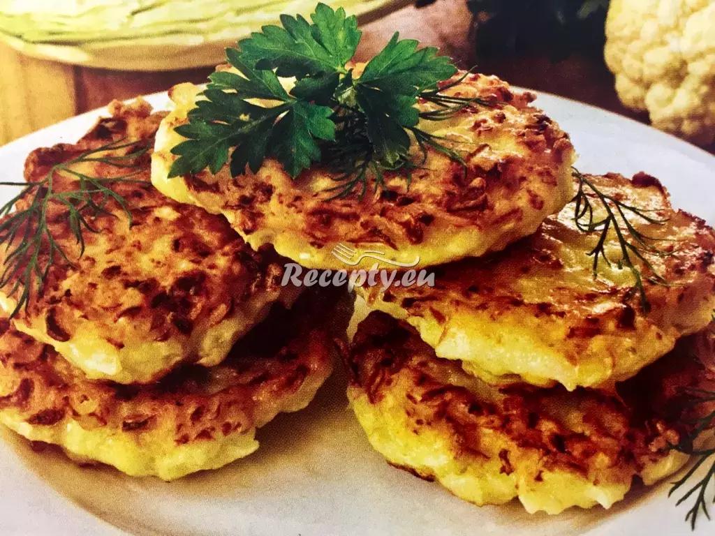 Zdravé květákové placičky recept  zeleninové pokrmy