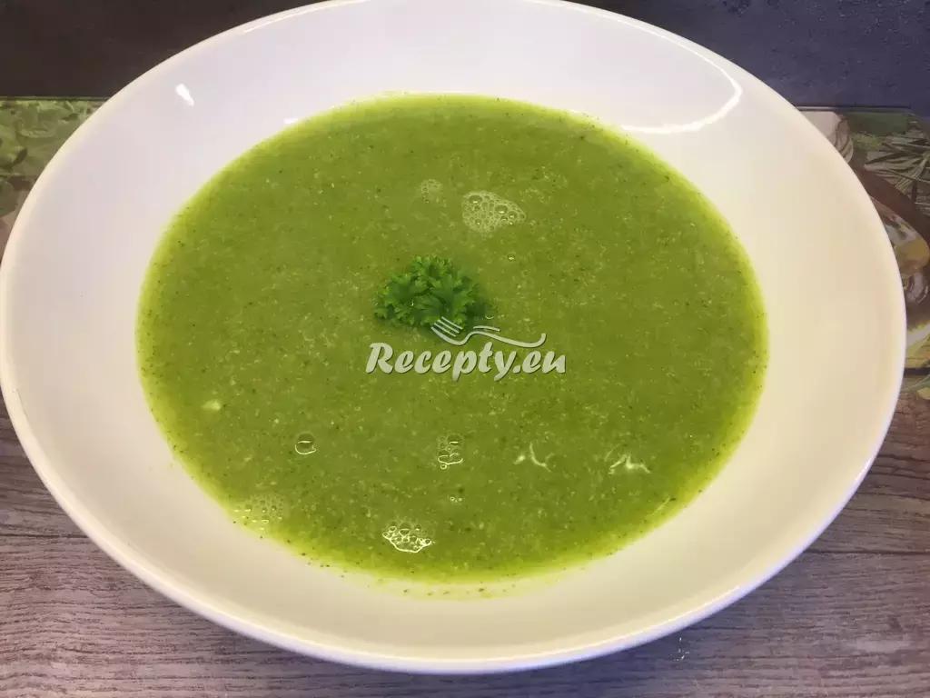 Cuketová polévka s noky recept  polévky