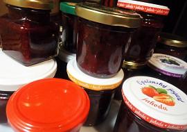 Marmeláda z celého černého rybízu  nevařená recept  TopRecepty ...