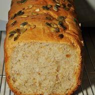 Cibulovo-česnekový chléb Nedašov recept