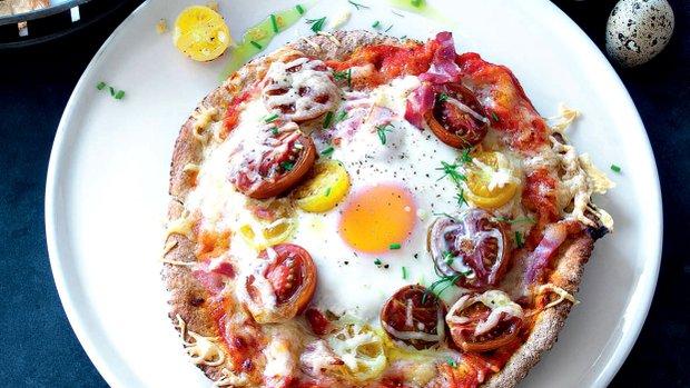 Vaječná pizza z pita chleba