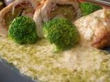 Kuřecí roládky s brokolicovou náplní recept
