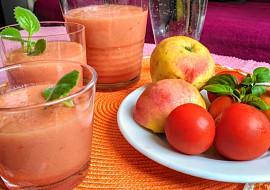 Smoothie s jablky, rajčaty a mrkví recept