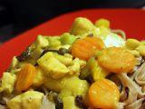 Kuřecí nudličky se zeleninou a kokosovým mlékem recept ...