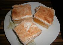 Hruškový koláč se zakysanou smetanou recept