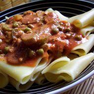 Těstoviny s rajčatovou tofu omáčkou recept