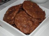 Kakaové pusinky s oříšky recept