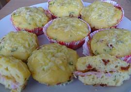 Plněné slané muffiny recept