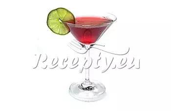 Koktejl s jahodami a meduňkou recept  míchané nápoje