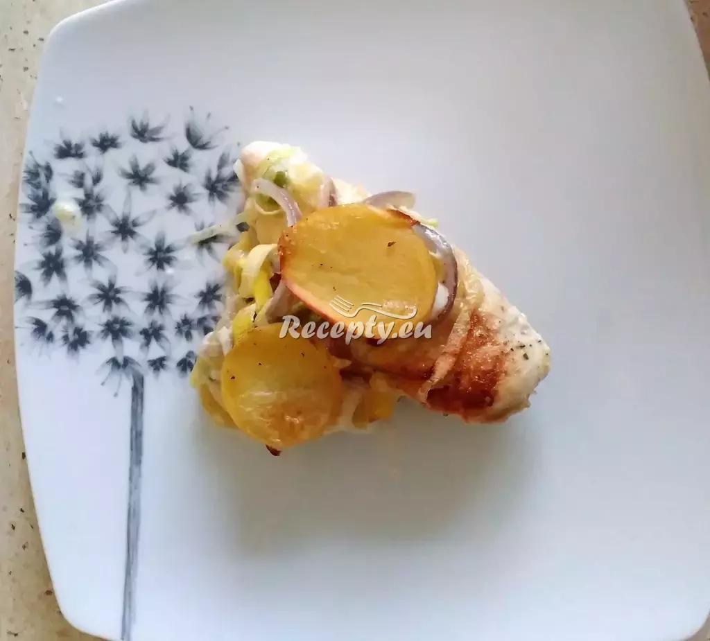 Kuřecí roláda s vaječnou omeletkou recept  drůbeží maso  Recepty ...