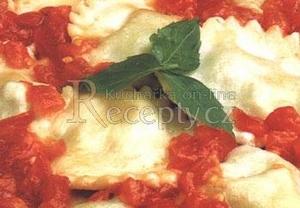 Ravioli plněné špenátem a tvarohem