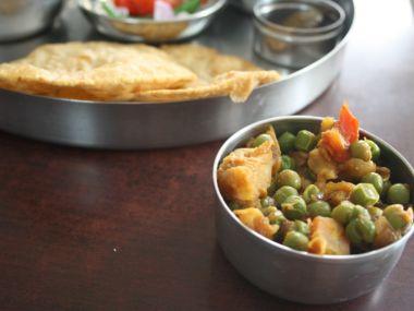Zelenina po bengálsku (Bengali tarkari)