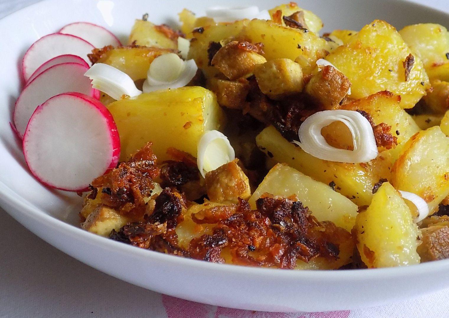 Pečené brambory s tofu, česnekem a sušenou cibulí recept ...