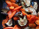 Salát z pečené mrkve a lilku recept