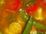 Pikantní polévka s chilli a rýží recept
