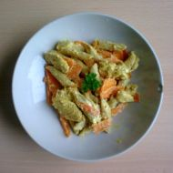 Těstovinový salát po indicku recept