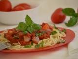 Špagety s omáčkou z rajčat a tresky recept