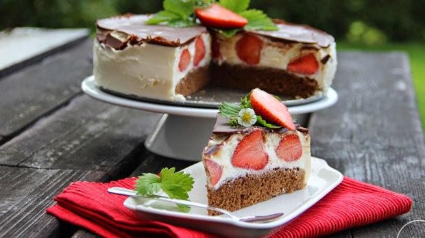 Tvarohový dort Míša s jahodami