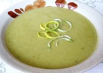 Veganská bramborová polévka s pórkem recept