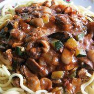 Mleté maso na zelenině z wok pánve recept