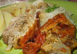 Šťavnatá pečeně ze selete na majoránce a cibuli recept ...