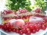 Rybízový koláč s čokodrobenkou a marcipánem recept ...