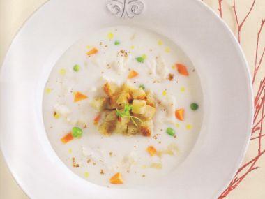 Slavností rybí polévka