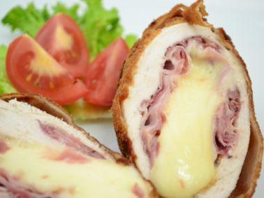 Kuřecí řízek plněný sýrem