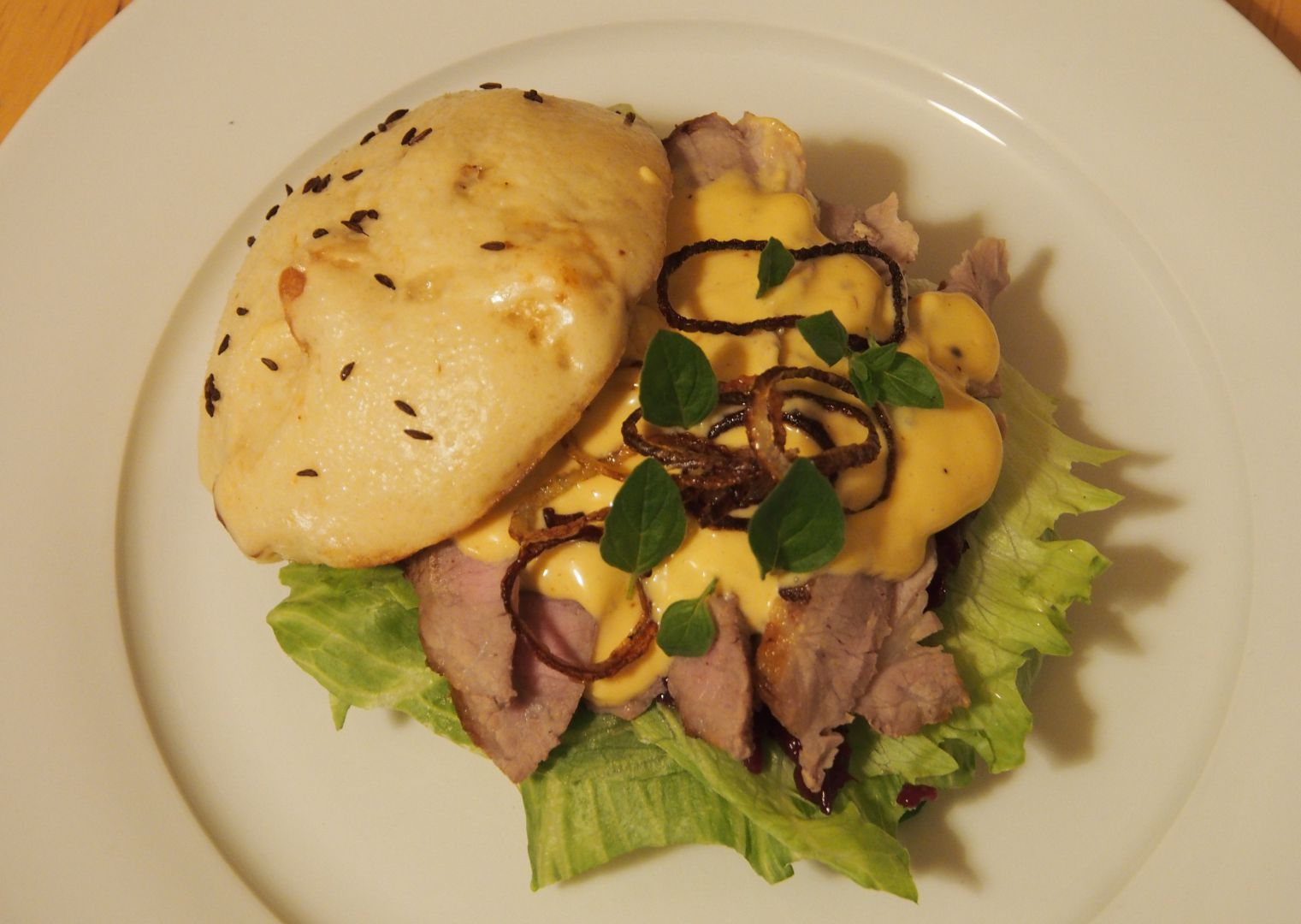Hamburger vepřo knedlo zelo recept