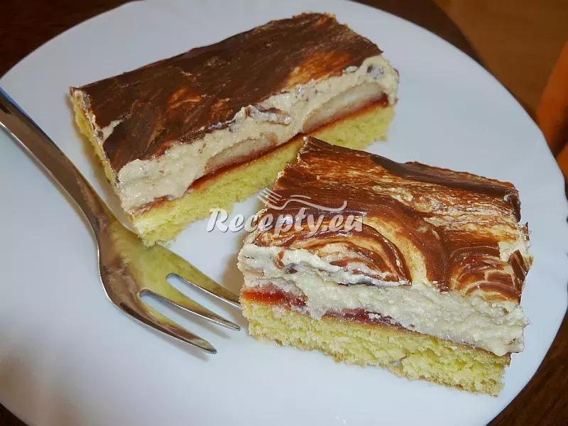 Piškot s pudinkem a jahodami recept  dezerty