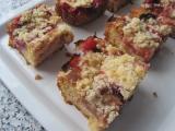Medový koláč se švestkama recept