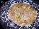Chlebová polévka s kroupama recept