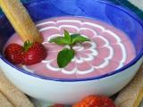 Jahodová polévka s kefírem recept