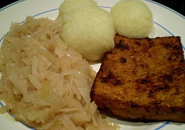 Knedlo, tofu, zelo  vegan recept