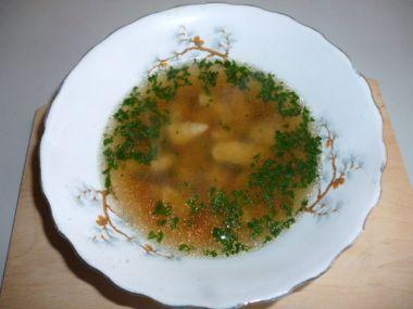 Levná polévka s majoránkovou zavářkou