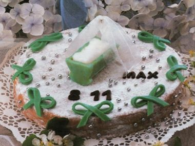 Slavnostní dort na křtiny