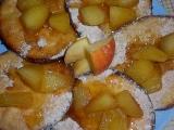 Lívance s jablky a mandlemi recept