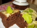 Vláčný, karamelovo-kakaový perník s ořechy a brusinkami recept ...