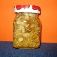 Okurkový salát s paprikou recept