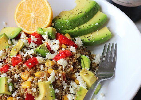 Quinoa s fetou a avokádem recept