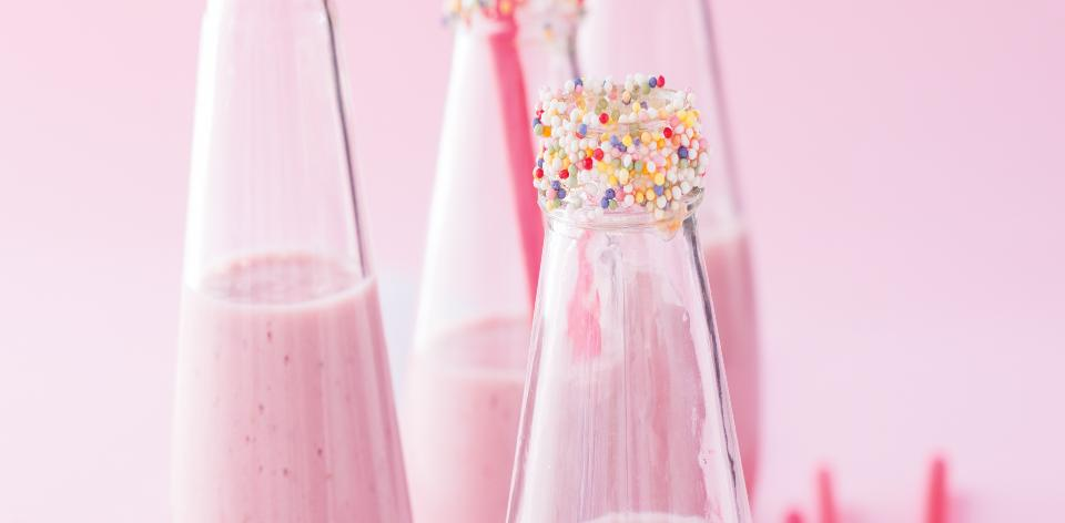 Domácí jahodové mléko z čerstvých jahod