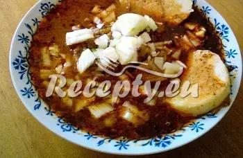 Maďarský kotlíkový guláš recept  hovězí maso