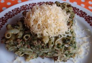 Špenátové těstoviny se sýrem  zapečené