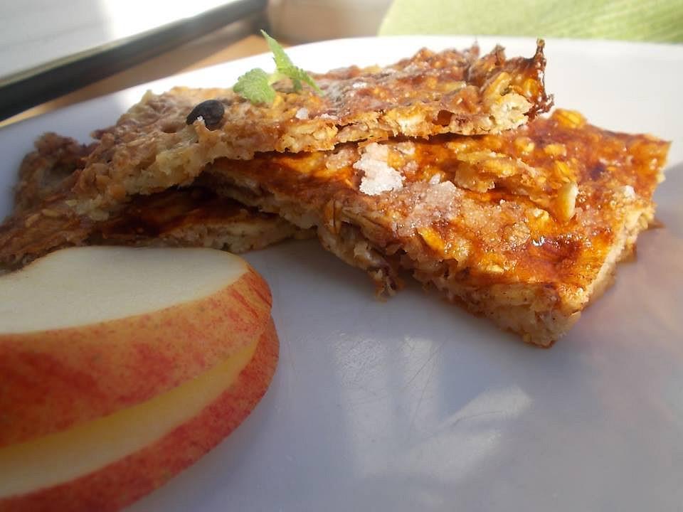 Jablkové müsli řezy s ovesnými vločkami recept