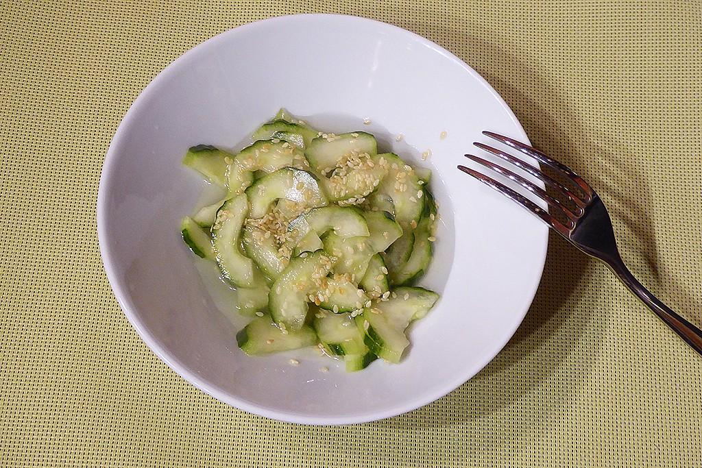 Svěží japonský okurkový salát recept