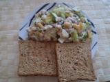 Ledový salát s tuňákem a mangem recept
